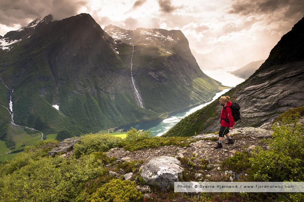 Slogen © Sverre Hjørnevik / www.fjordnorway.com